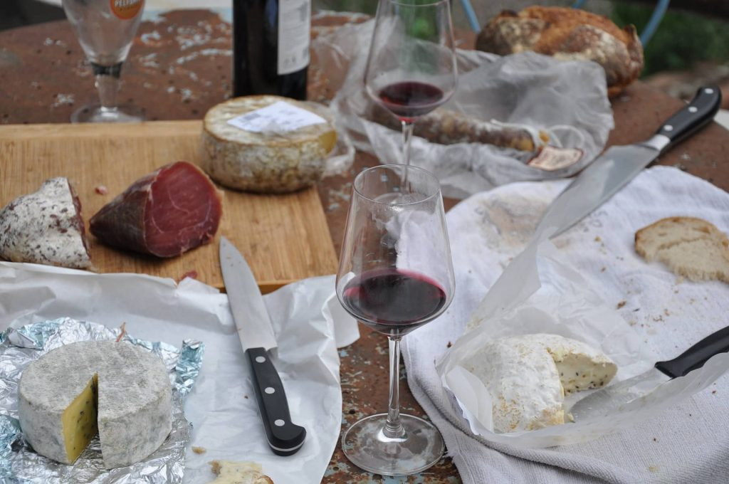 Festival de vino y mercado gourmet en Metepec