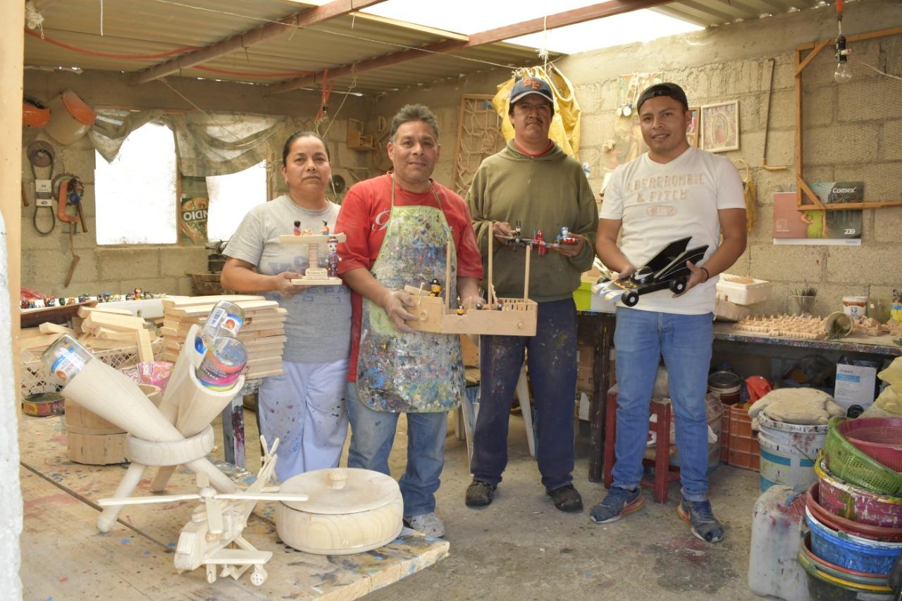 edomex-san-antonio-la-isla-el-paraiso-de-los-juguetes-de-madera-creados-por-artesanos-mexicanos-1-160494