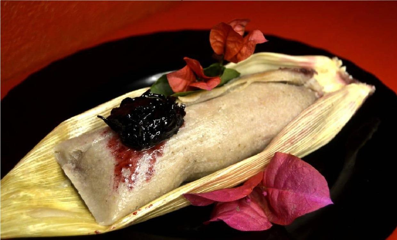Este 2 de febrero atrévete a probar el tamal de flor de Jamaica y frambuesa.en honor a Selena Quintanilla