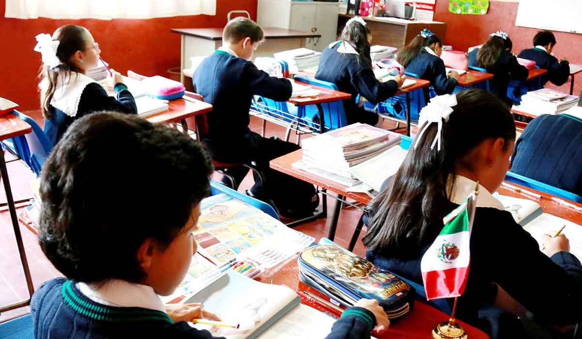 Beca Familias Fuertes por la Educación del Edomex para alumnos de nivel básico